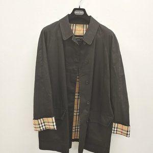 // Women's Burberry Trench Coat